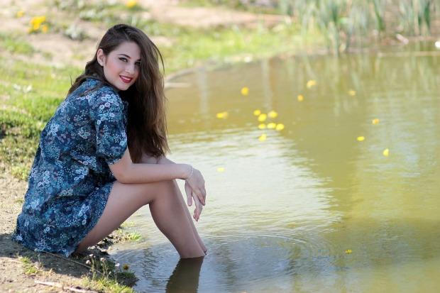 girl-1532715_960_720